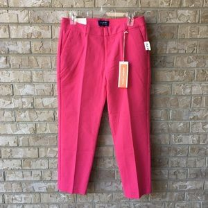 NWT Old Navy Harper Mid Rise Pink Capris Size 4
